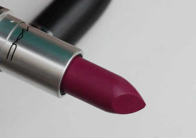 MAC Retro matte lipstick in Flat Out Fabulous