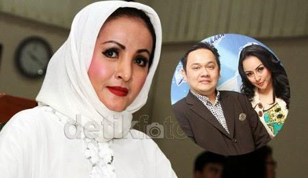 Lihat Farhat Abbas – Regina Berzina, Machica Mochtar Gemetaran