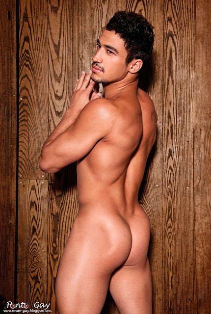 ashley_mckenzie_nu_pelado_de_pau_duro_Sexo_gay_amador_2.jpg