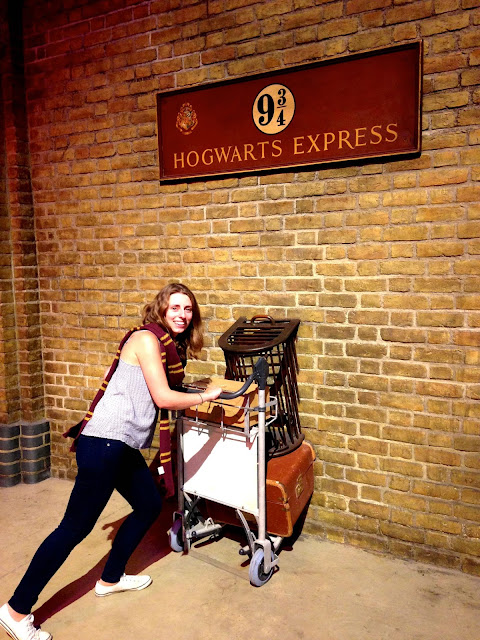 Harry Potter Studios Platform 9 3/4 luggage trolly