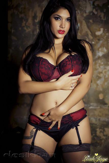 Curvy Sexy Black Nude Natural Porn