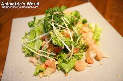 shrimp and Pomelo Salad at East Cafe