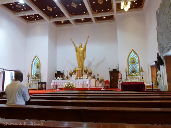 Altar of Holy Redeemer Church, Bangkok