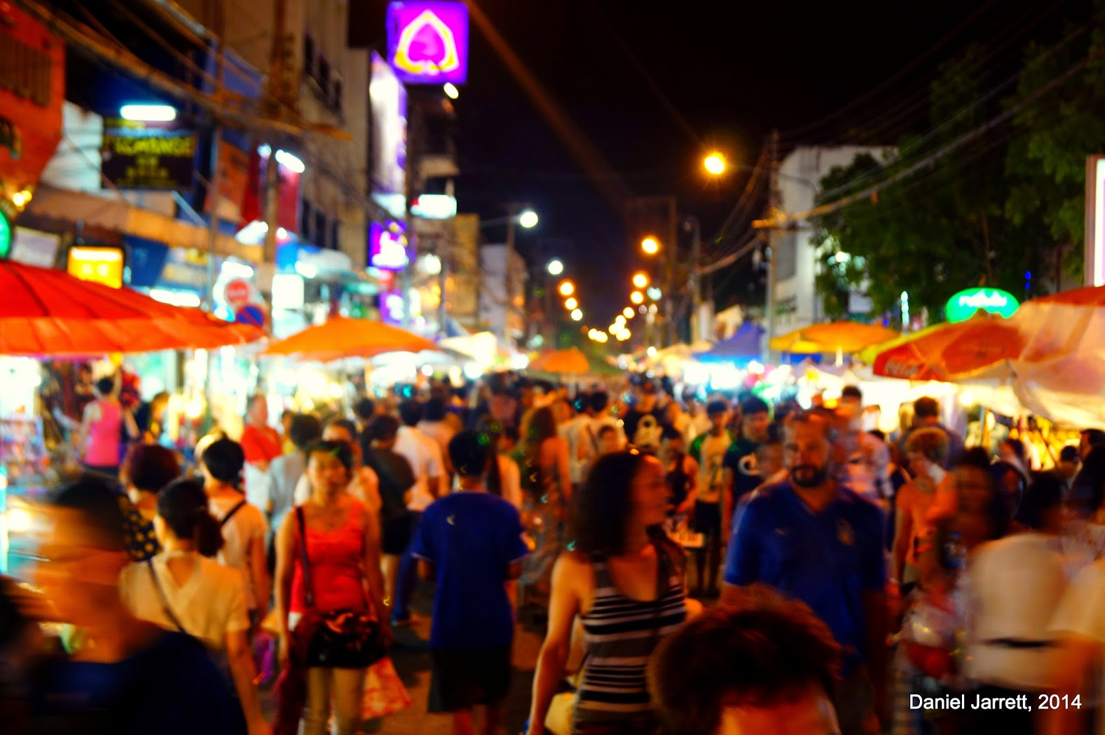 Life in Chiang Mai Night Market