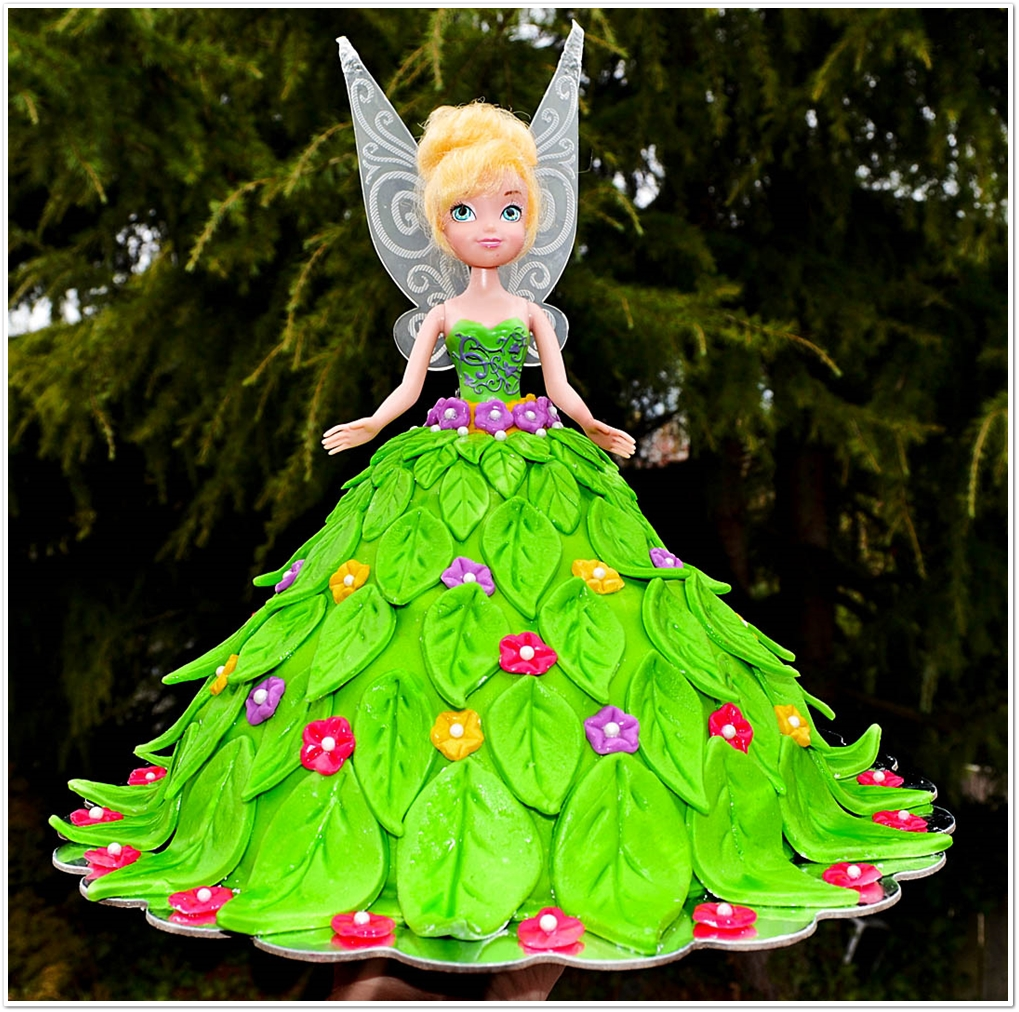Leas Cooking Tinkerbell Doll Cake for a Birthday Party