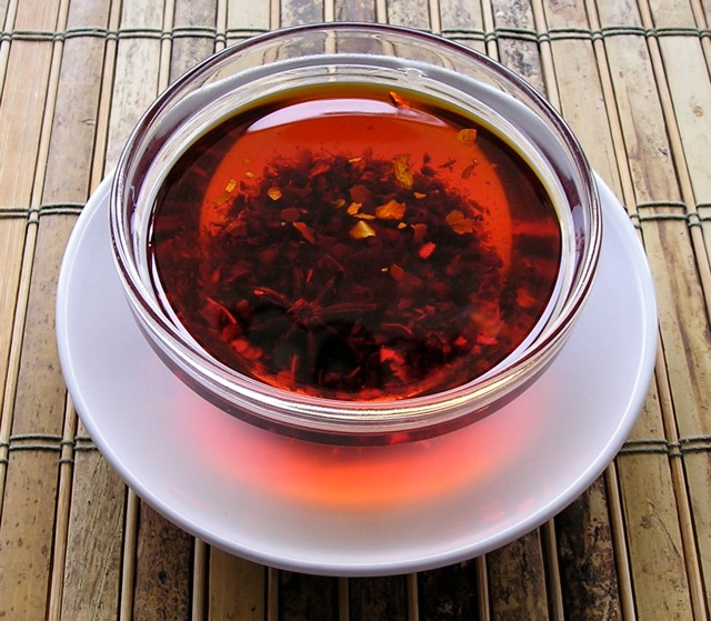 Traditional Chinese Recipes: Hong You (Chili Oil)