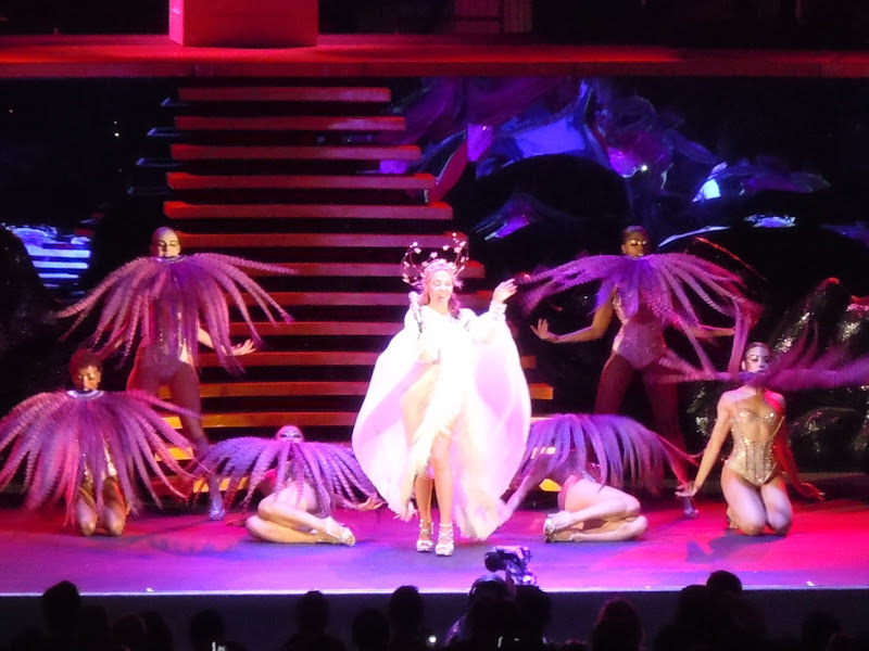 Kylie Hollywood Bowl 2011 feather dance