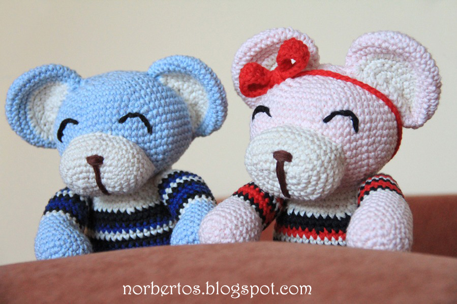 Crochet blue and pink bears