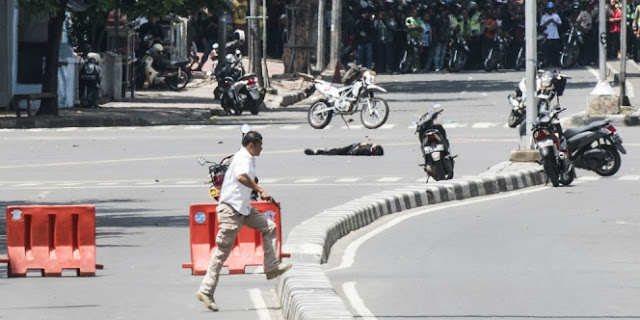 Cerita Perwira Polri Tembak Mati Bomber Sarinah