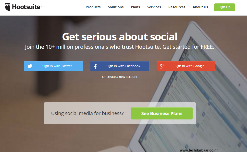 Hootsuite Review - Blogger Play