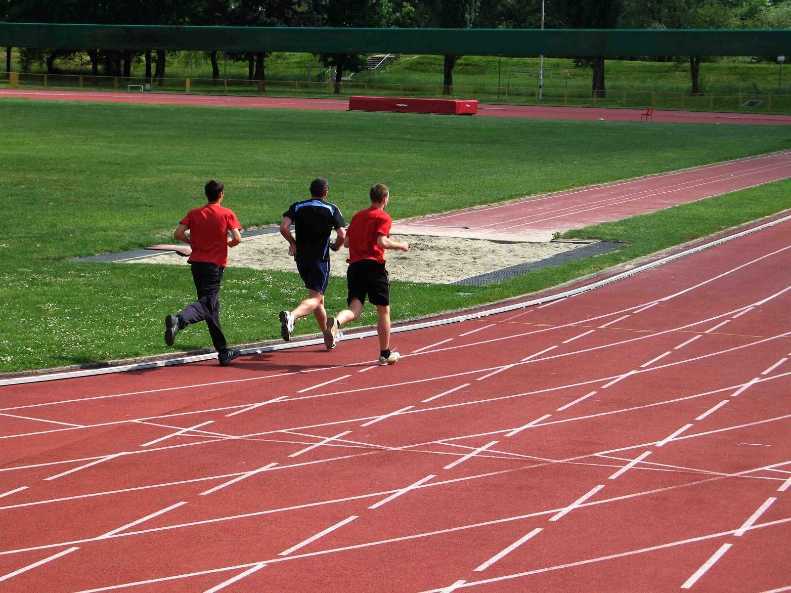 corredores, runners, corredors, pista, atletismo