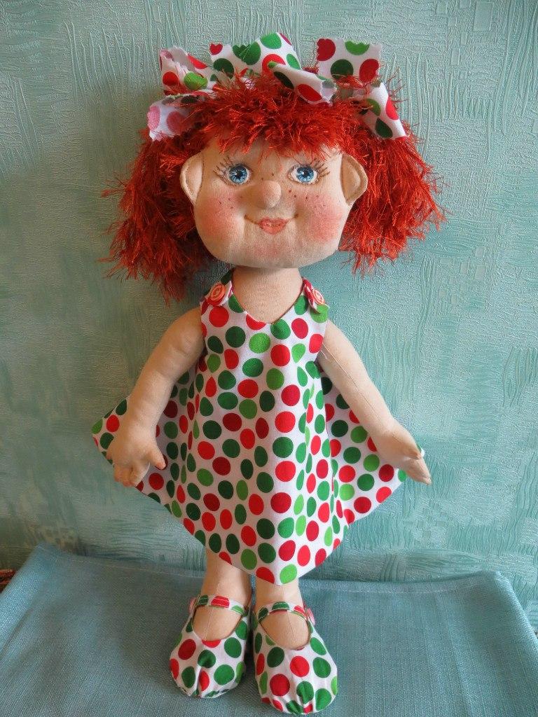 игровая текстильная кукла-карамелька