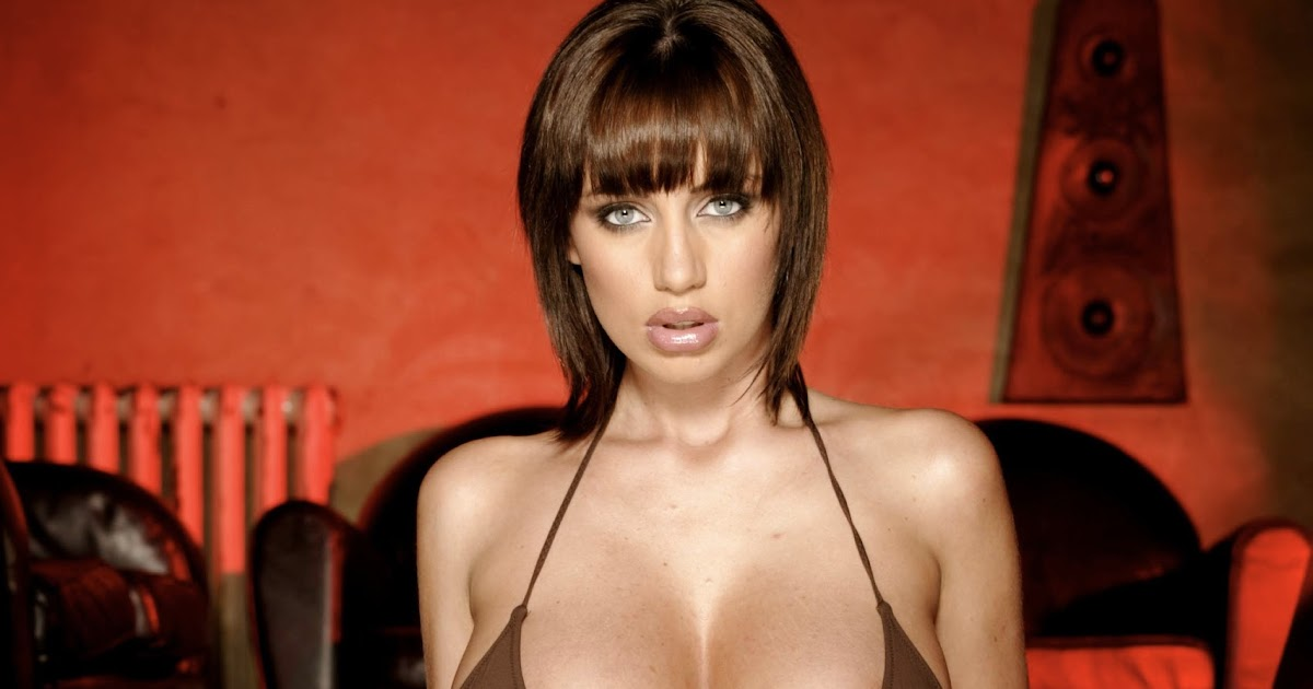 Big boob british model hannah