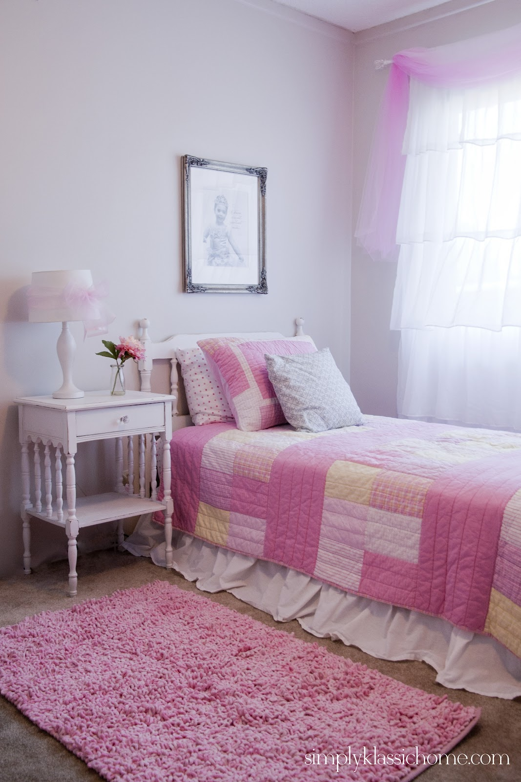 Little Girlu0027s Princess Room Makeover Reveal
