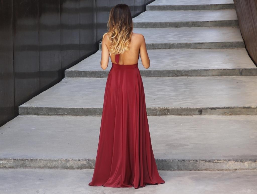 rocio, osorno, rocioosorno, vestido, sevilla, boda, rojo, graduacion, diseño, elegante, vino, concordia,