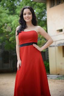 Kristina Akheeva dazzling in red 034.jpg