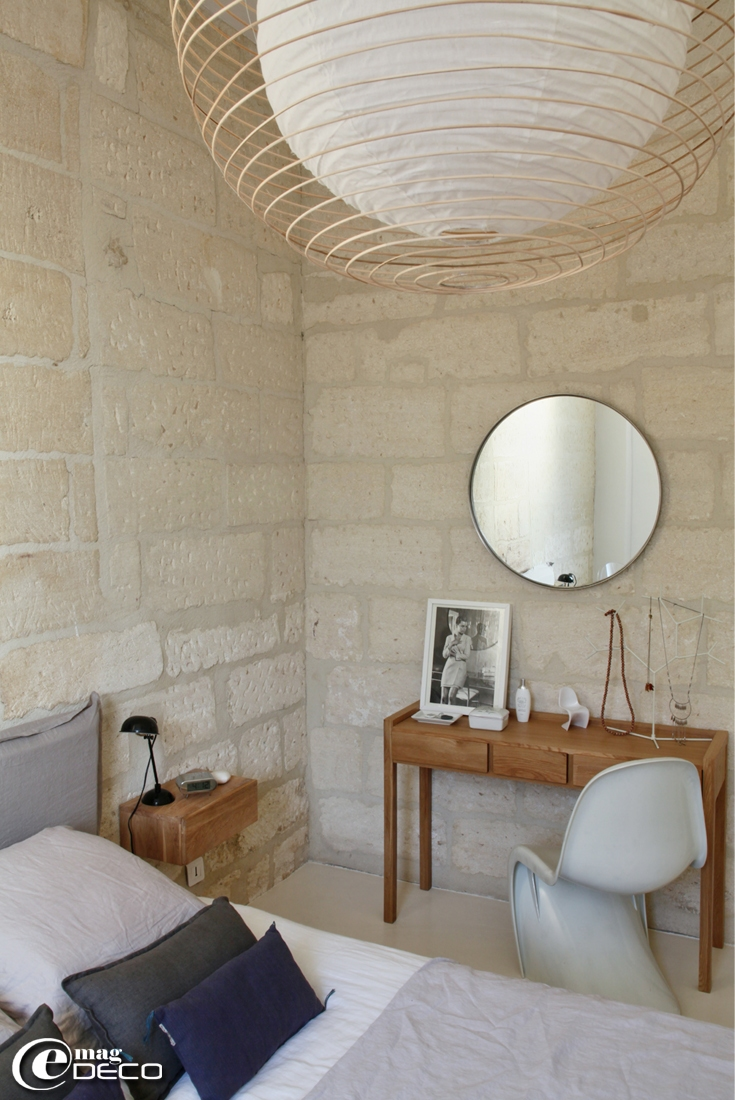 Charming house available to rent 'La Casa Cardinal' in Villeneuve-les-Avignon, a report of the magazine of decoration 'e-magDECO'