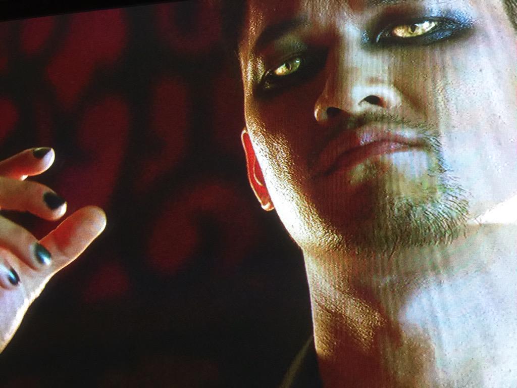 Magnus Bane Harry Cat Eye