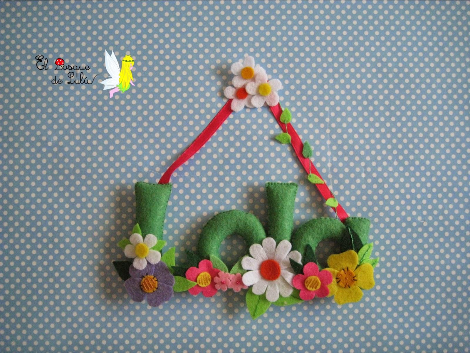 nombre-fieltro-decorativo-Lola-flores-regalo-personalizado