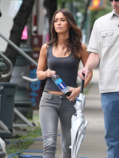 Megan+Fox+%E2%80%93+Teenage+Mutant+Ninja+Turtles+2+Set+in+NYC+2.jpgMegan Fox – Teenage Mutant Ninja Turtles 2 Set in NYC