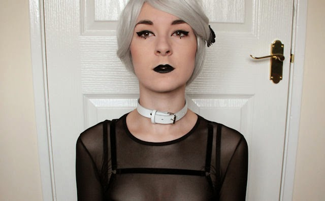 alternative fashion goth girl scene emo creepy cute make up black lipstick wig geisha wigs snowslide grey white choker collar fetish BDSM mesh top oh my love velvet bralet topshop aeon leather white buckle plain