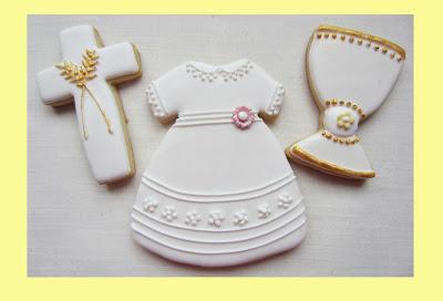 Galletas comunion vestido, cruz y caliz