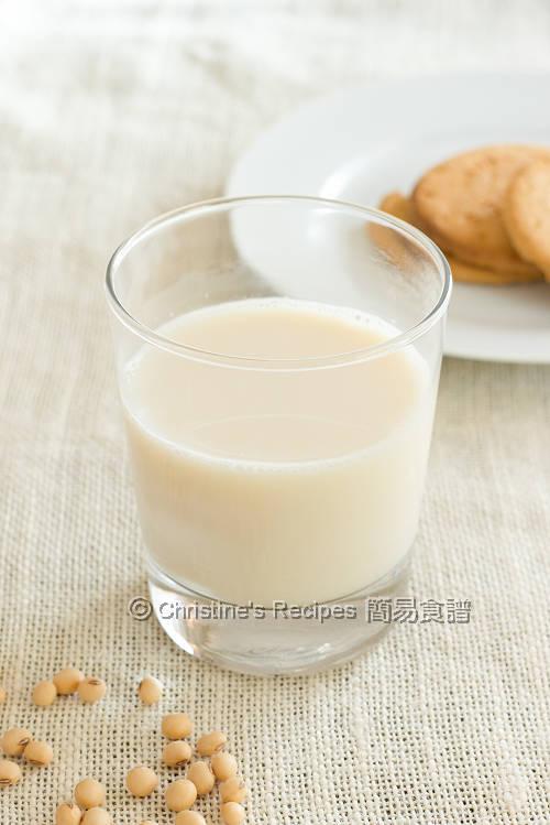 Homemade Soy Milk01