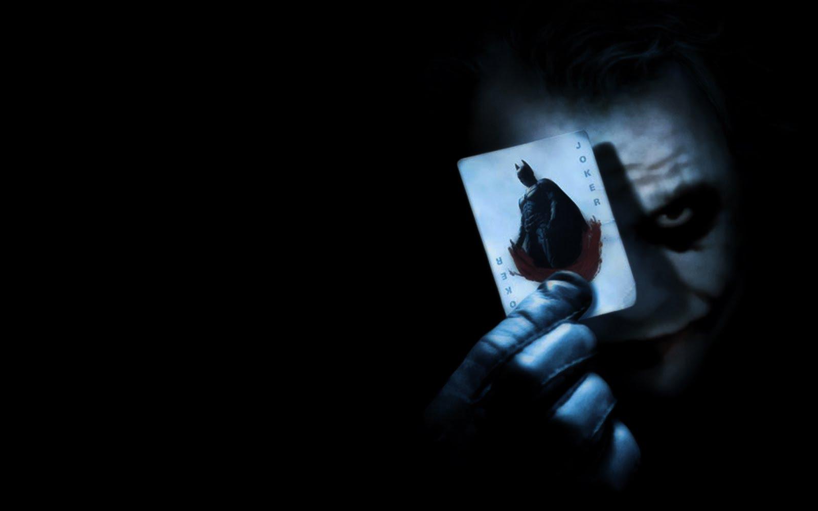 http://4.bp.blogspot.com/-oBoj6MPgsSA/TY7WDHM_KII/AAAAAAAAAL4/5bX_9F9HR8c/s1600/batman_poster1b.jpg