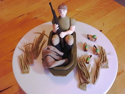 Hunting Scene Cake Decorations : CakeChannel.com - World of Cakes: Duck Hunting Scene Groom ...