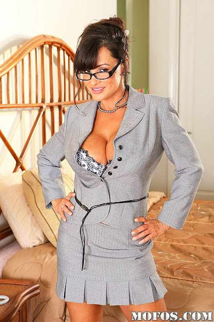 Lisa Ann Hot Photos