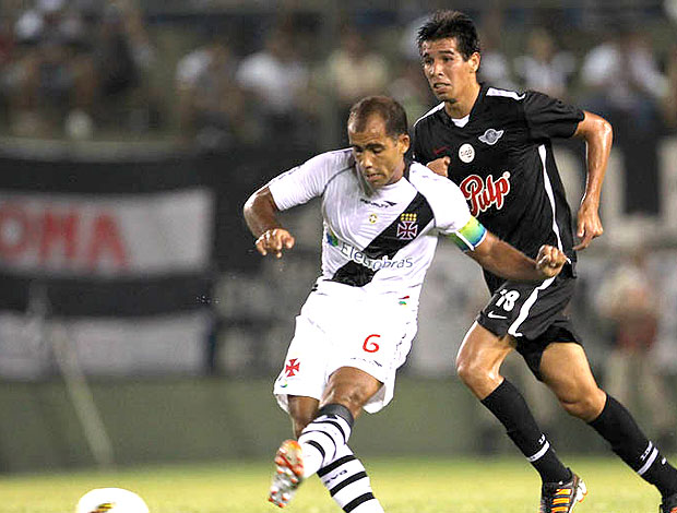 Libertad 1 x 1 Vasco pela Libertadores 2012 em jogo nervoso
