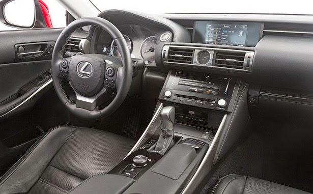 Lexus IS 250 interior
