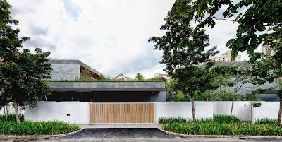 Rumah Kembar Dengan Roof Garden 1