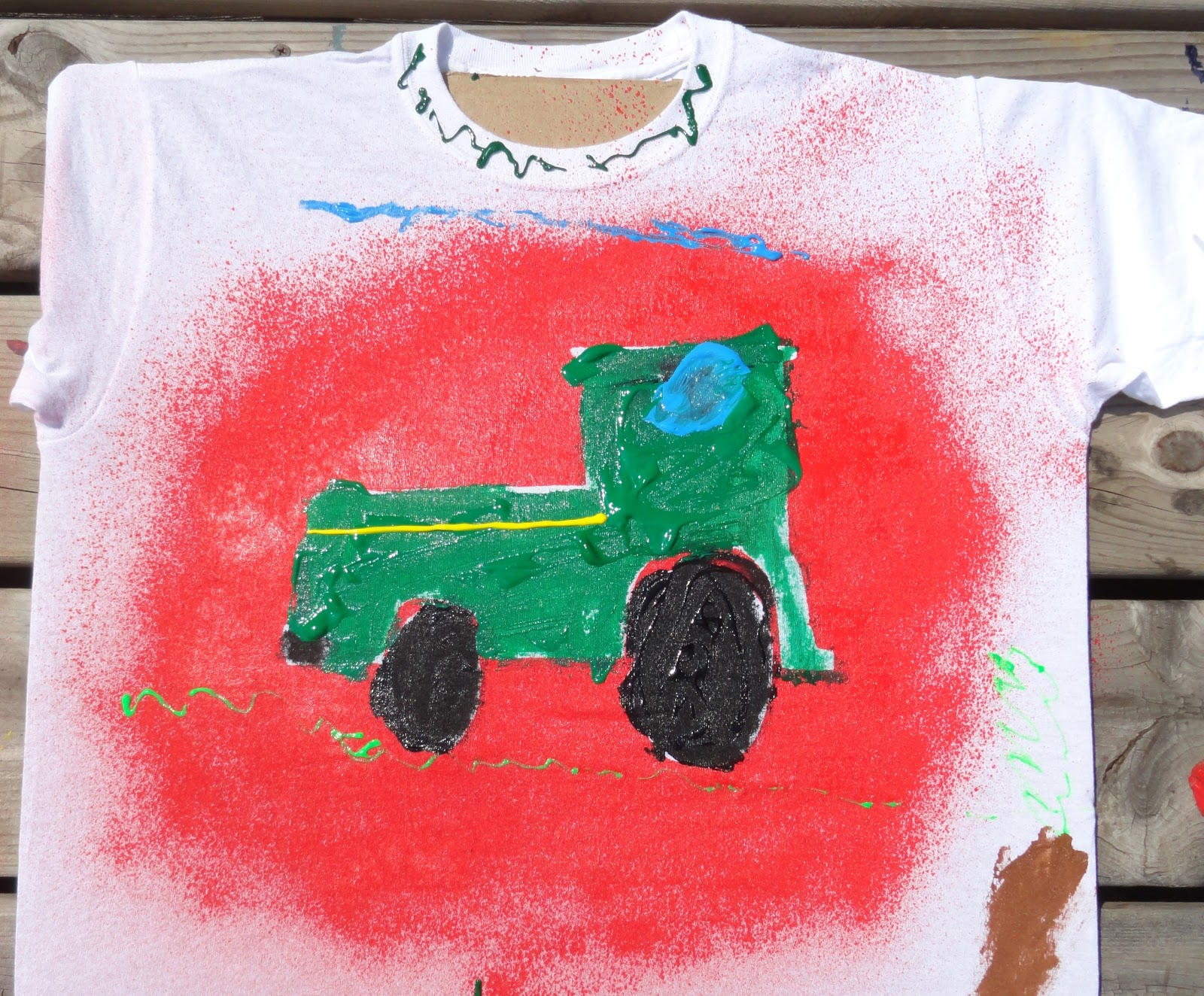 Spray Paint T Shirt Ideas Part - 43: Put A Large Piece Of Cardboard Inside A Plain White (or Colored) T-shirt  And Use Puffy Paint And Spray Fabric Paint To Decorate The Shirts With The  Kids!