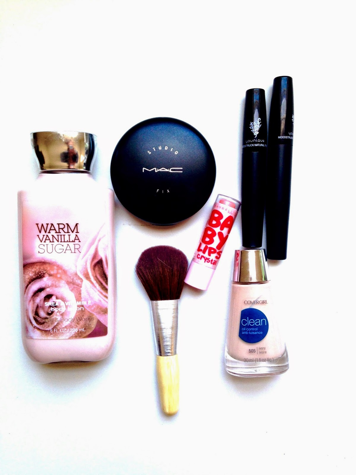 makeup bag items