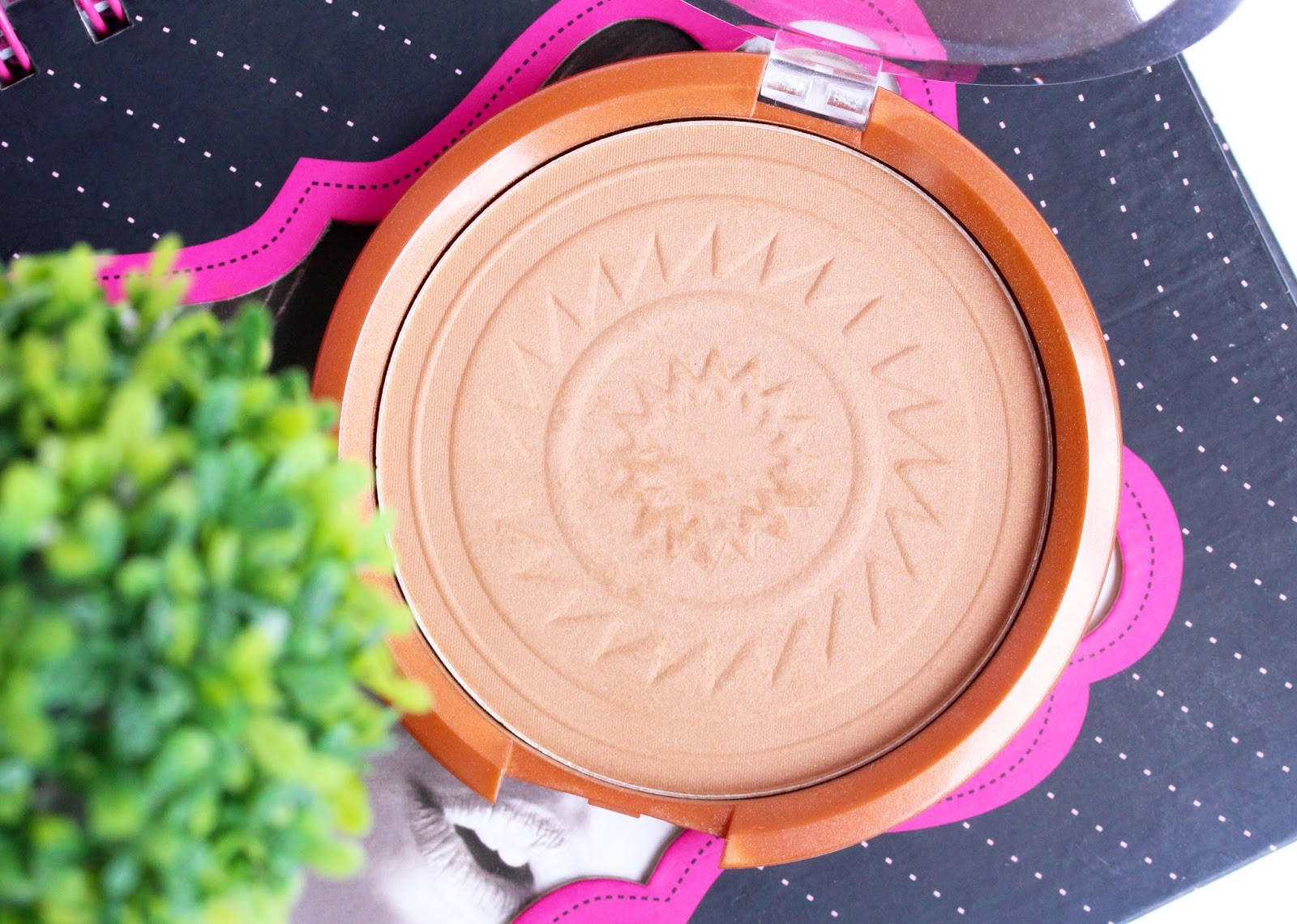 NYC Big Bold Bronzer in Manhatan