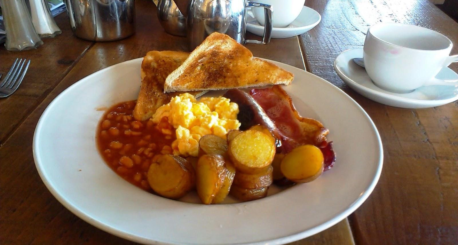 Breakfast at Farrington's Farm Shop