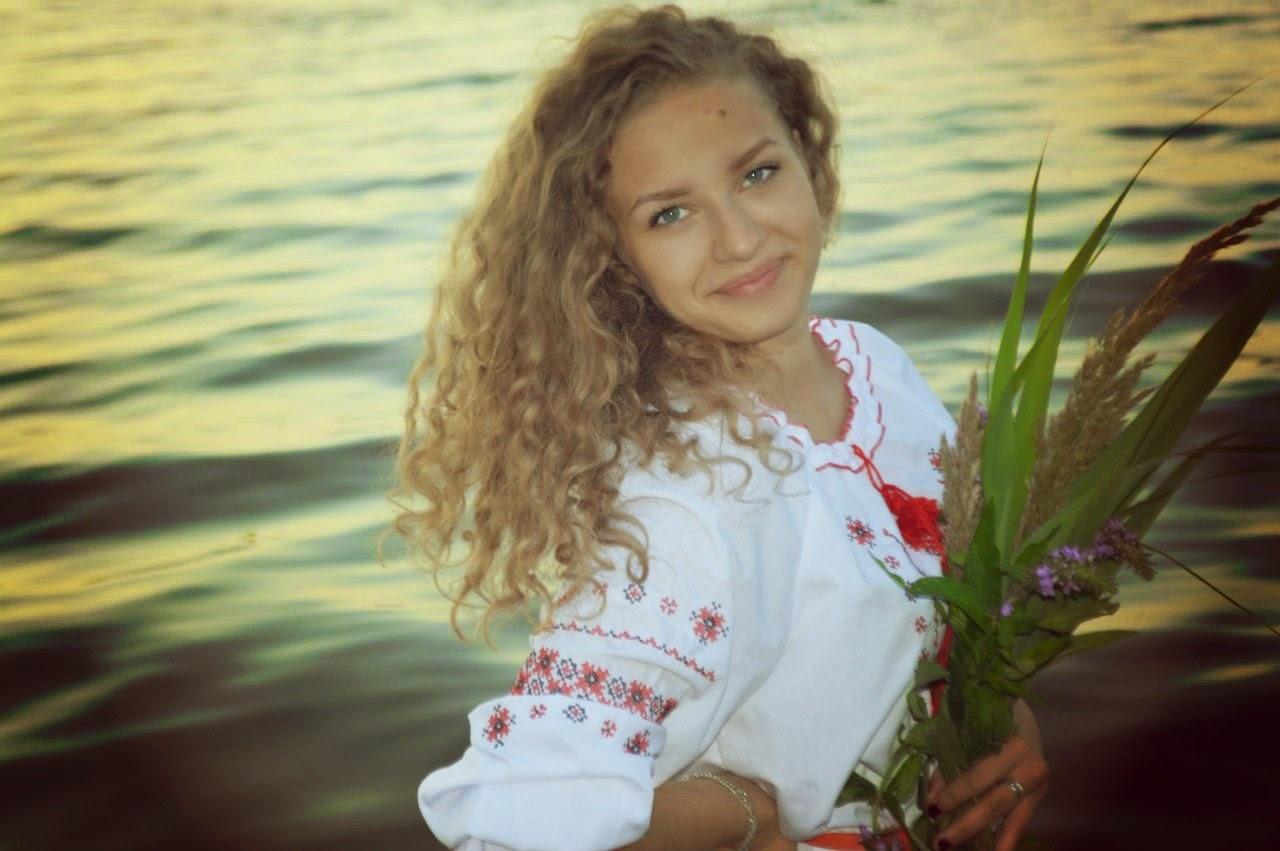 Фото красивых девушек украины, Где самые красивые девушки? В России или на Украине? 7 фотография