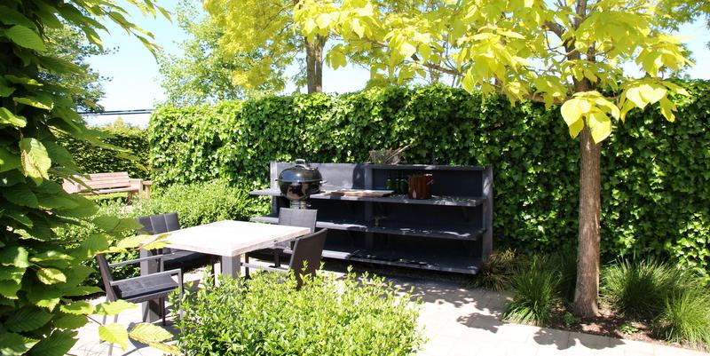 Havefolket: udekØkken, helt ude i haven
