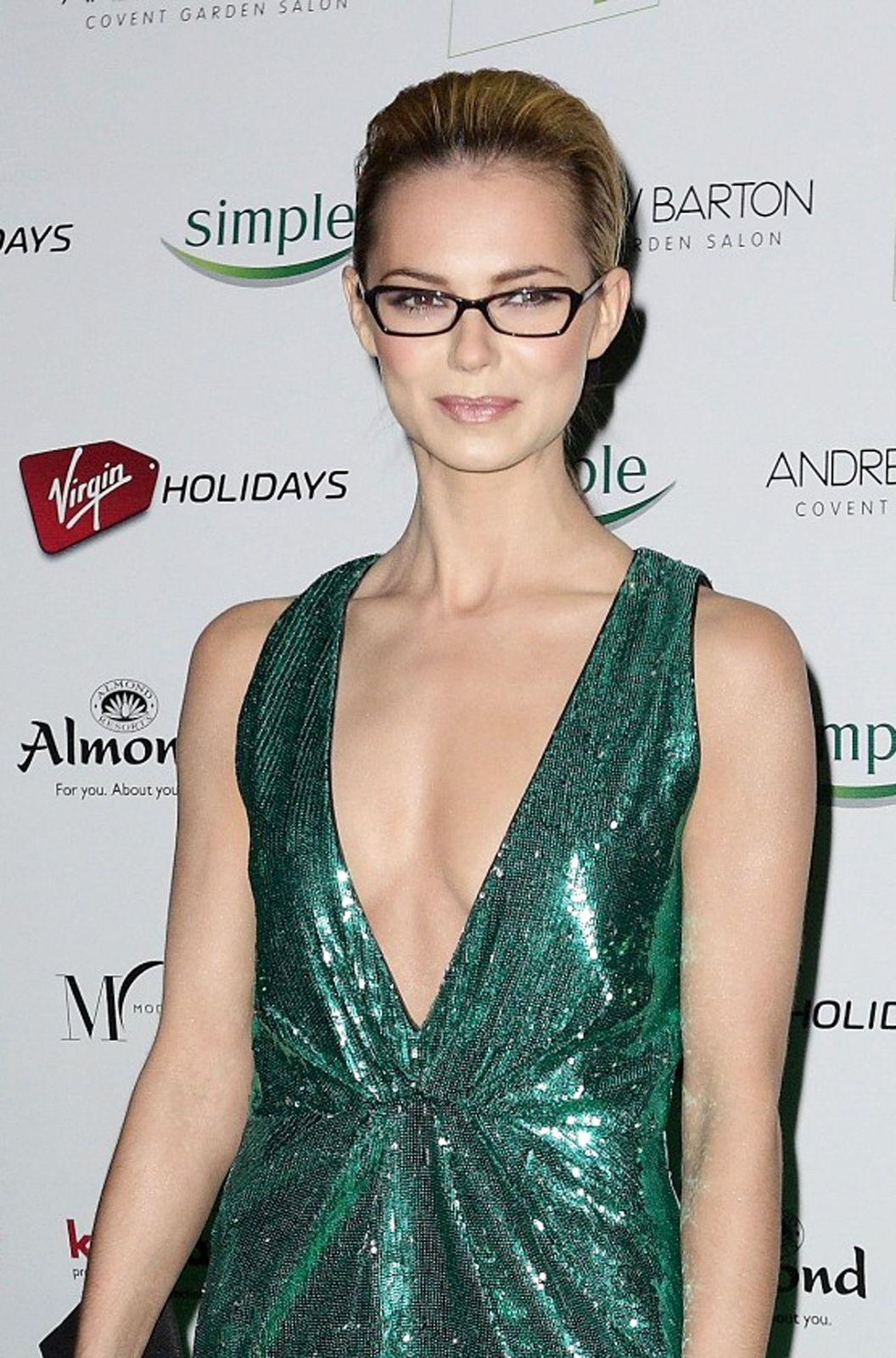 Cara Pifko,Deborah Gray Porno photos Lindsay Lohan,Dina Perbellini