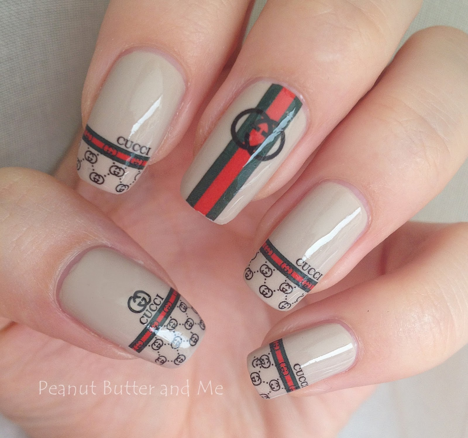 Water Decal Gucci Design / Gucci Nail Art Style / Brand Nail polish nails