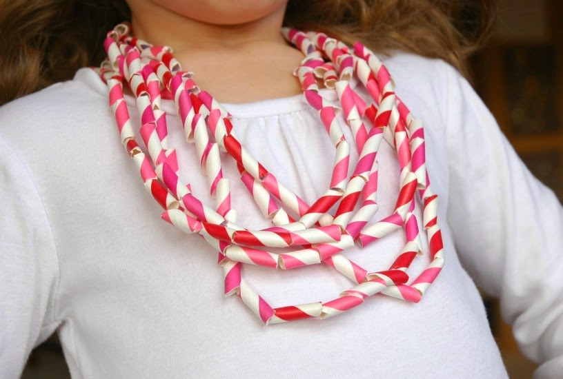Easy Valentine Paper Necklace Craft for Kids