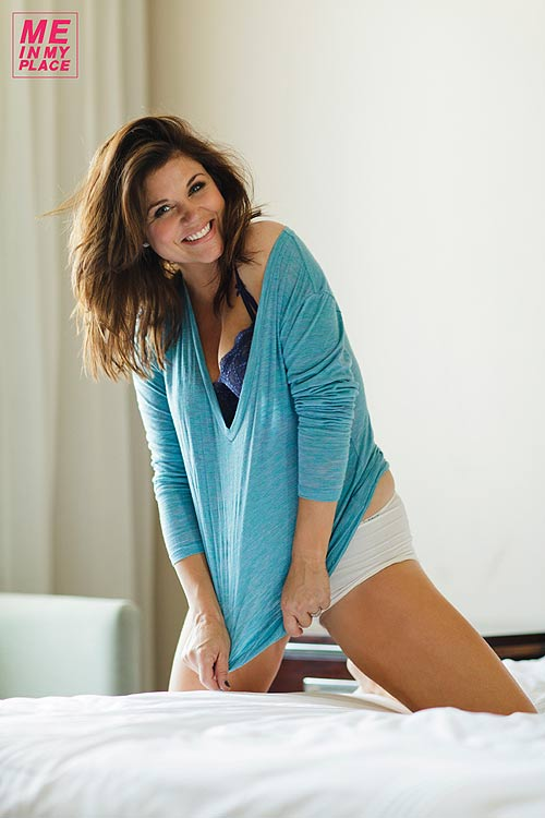 'Xplosion of Awesome: Tiffani Thiessen shows off her place Tiffani Thiessen 2013 Me In My Place