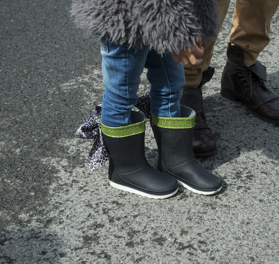 cómo personalizar unas botas de agua infantiles