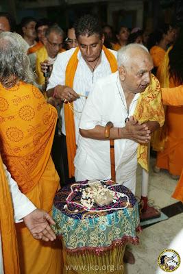 Guru Poornima 2012 with Jagadguru Kripaluji Maharaj at Barsana Dham