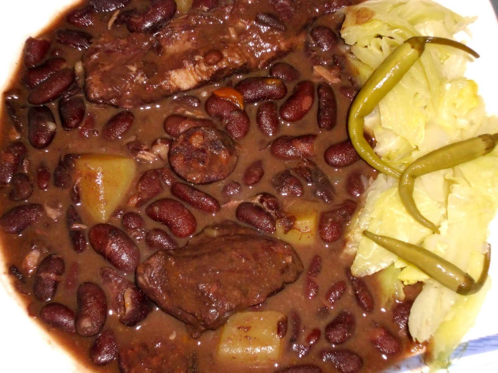 Alubias rojas de le n con costilla de cerdo recetas de cocina de un abuelo donostiarra - Alubias rojas con costilla ...