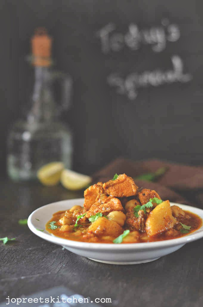 Indian Kitchen: Murgh Chole Masala (Chicken & Chickpeas Curry)