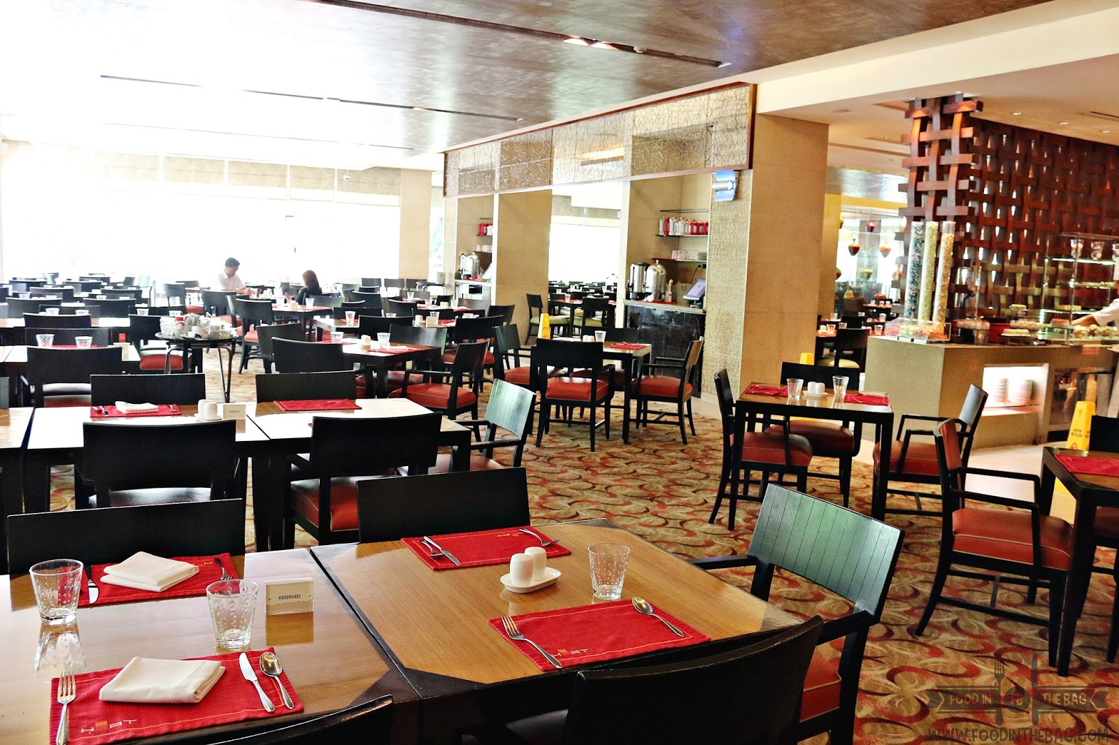 I Know That BUFFET Places Are Common In The METRO What Sets HEAT Apart You Can Be Sure Of Taste Quality And Service It Gives