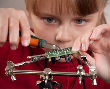 Best DIY electronics and programming kits for kids