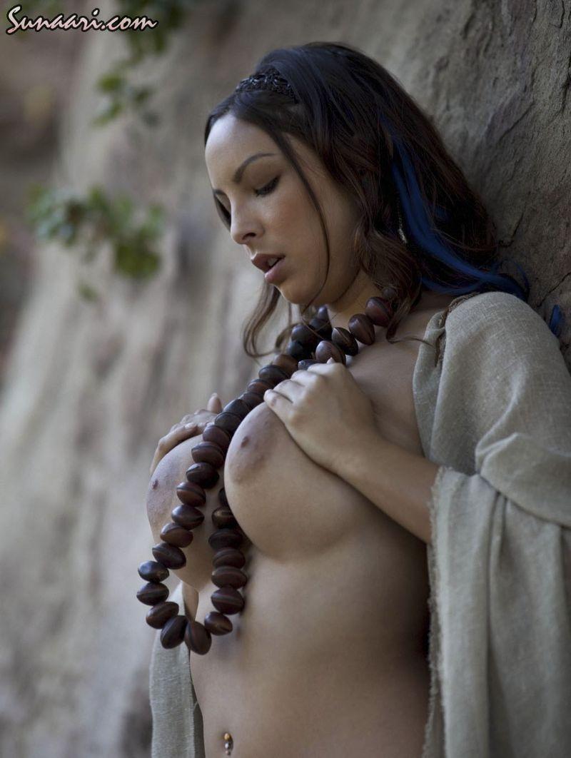 Sonam Kapoor Fakes Desi Nude Actress Parineeti And Porn Pictures